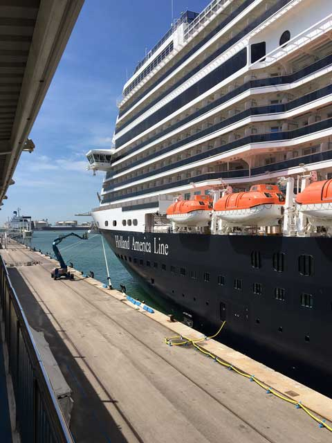 MS Konningsdam cruise liner